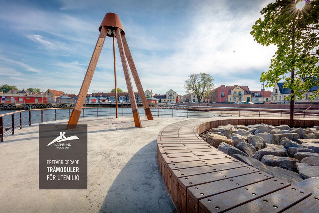 Prefabricerade moduler i hårdträ för publik utemiljö - Kärnsund Wood Link